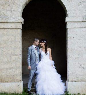 Mélanie_cyril_robe_de_mariée_et_costume_sur_mesure_a_grenoble