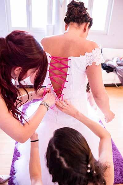 essayages dos robe mariée
