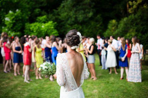 robe de mariée par tous les temps mariée_invités